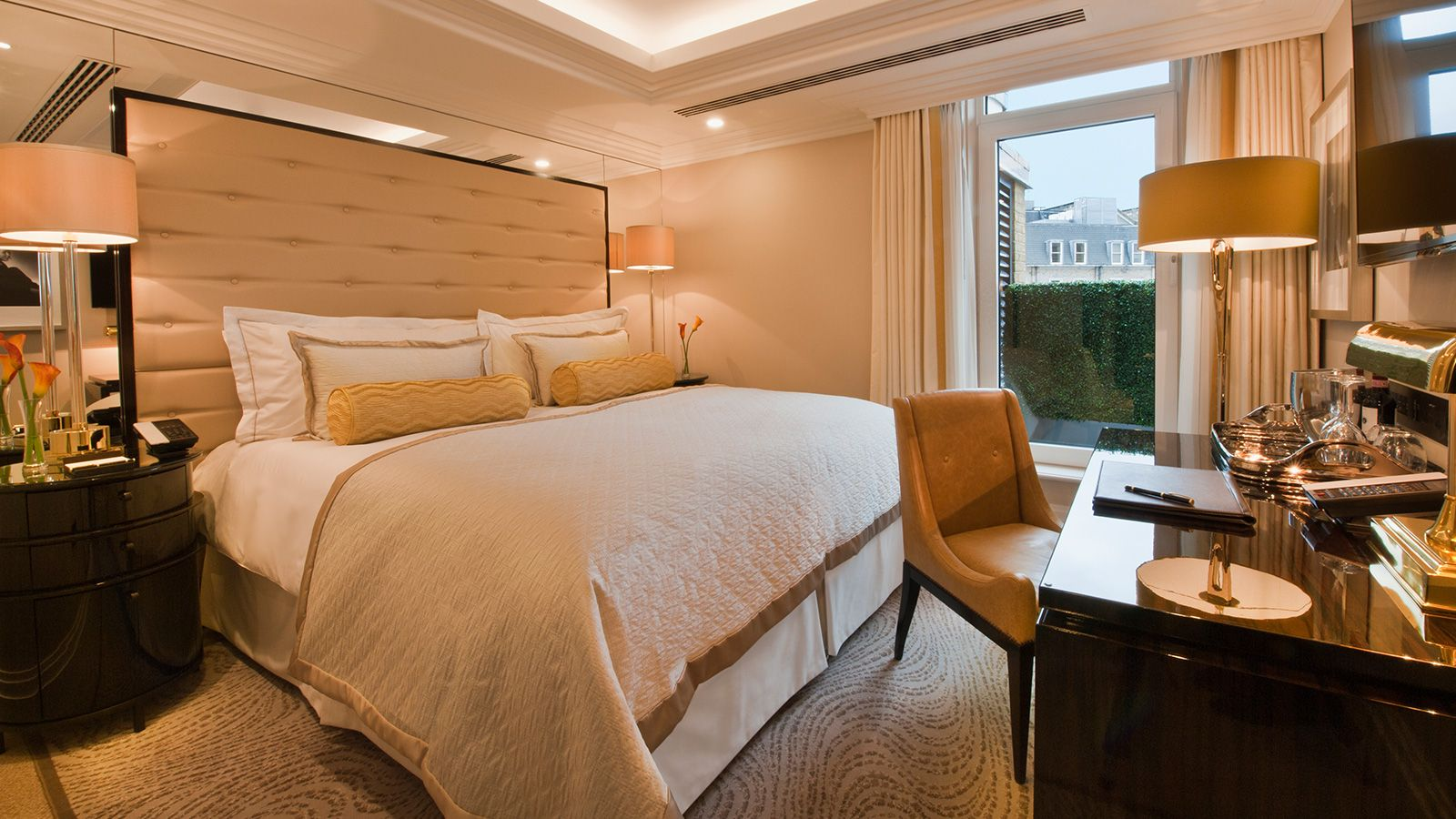 Deluxe King Room at The Wellesley Knightsbridge